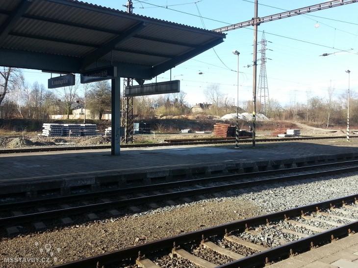 nádraží 5